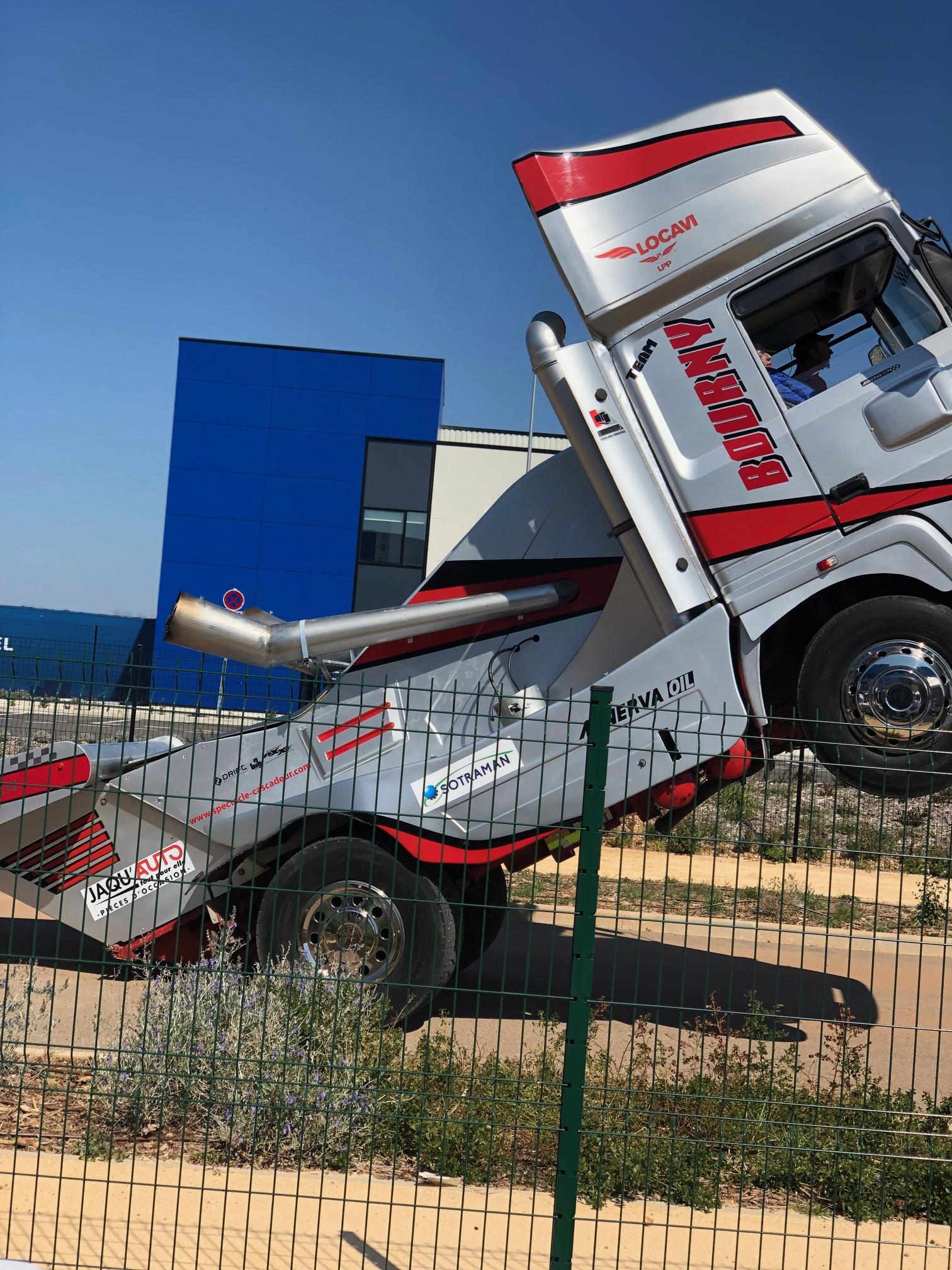 Provence Distribution Logistique spectacle cascadeur camion anniversaire 10 ans
