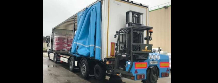Provence Distribution Logistique dispose de camions équipés de chariot embarqué